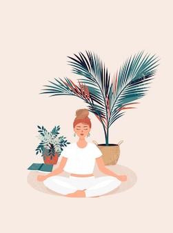 Mädchen, das yoga praktiziert, umgeben von töpfen tropischer pflanzen