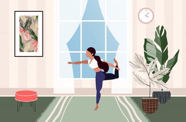 Mädchen, das zu hause trainiert. frau macht yoga. moderne illustration einer frau, die yoga im wohnzimmer tut. schöne zeitgenössische innenausstattung. gemütliches leben und selbstisolationskonzept. quarantäne.