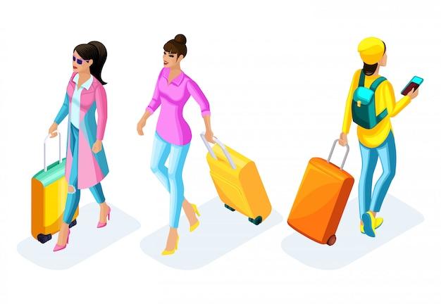 Mädchen in einem rosa mantel mit einem koffer, mädchen in hellen kleidern und einem kreativen friseur mit einem koffer, flughafen. hipster-mädchen in hellen kleidern mit