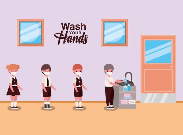 Mädchen und jungenkinder mit uniformen und masken, die hände waschen