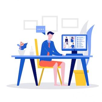 Männliche büroangestellte in formellen hemden und shorts, die einen videoanruf auf dem computer für online-besprechungen haben,