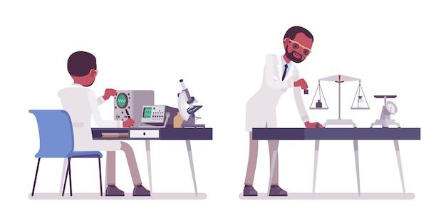 Männlicher schwarzer wissenschaftler, der misst. experte des physikalischen oder natürlichen labors im weißen kittel, der forschung betreibt. wissenschaft, technologiekonzept. stilkarikaturillustration auf weißem hintergrund