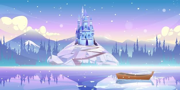 Magische burg auf berggipfel am flusspier mit boot, das am wintertag mit fallendem schnee auf wasser schwimmt