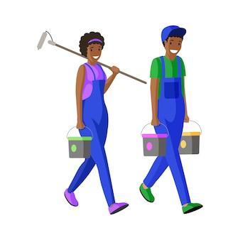 Maler flache abbildung. schlosser, arbeiter, die eimer und farbenrollenzeichentrickfilm-figuren tragen. spezialist für fassadensanierung in professioneller uniform