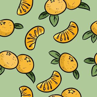 Mandarine kritzelt nahtloses muster. orange mandarinen