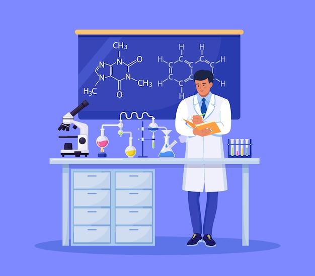 Mann chemiker mit einem ordner schreibt die ergebnisse auf wissenschaftler experimentiert mit geräten für die entdeckung von impfstoffen im labor. arzt, der an der entwicklung einer antiviralen behandlung arbeitet