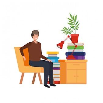 Mann, der im arbeitsbüro sitzt
