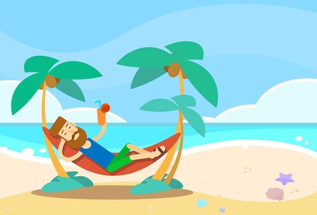 Mann, der in den hängematten-strand-ferien liegt