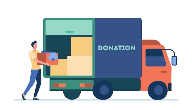 Mann, der kasten mit kleidern zum spendenwagen trägt. kurier, freiwilliger, fahrzeug flache vektorillustration. freiwilligenarbeit, wohltätigkeit, hilfskonzept