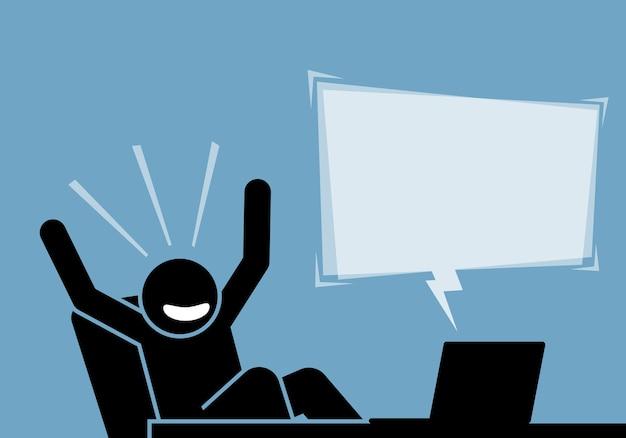 Mann, der sich aufgeregt und glücklich fühlt, nachdem er den inhalt und die ankündigung vom computer und vom internet gesehen hat.