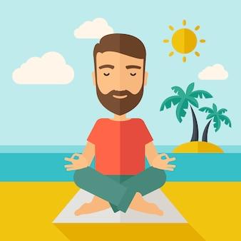 Mann, der yoga im strand tut