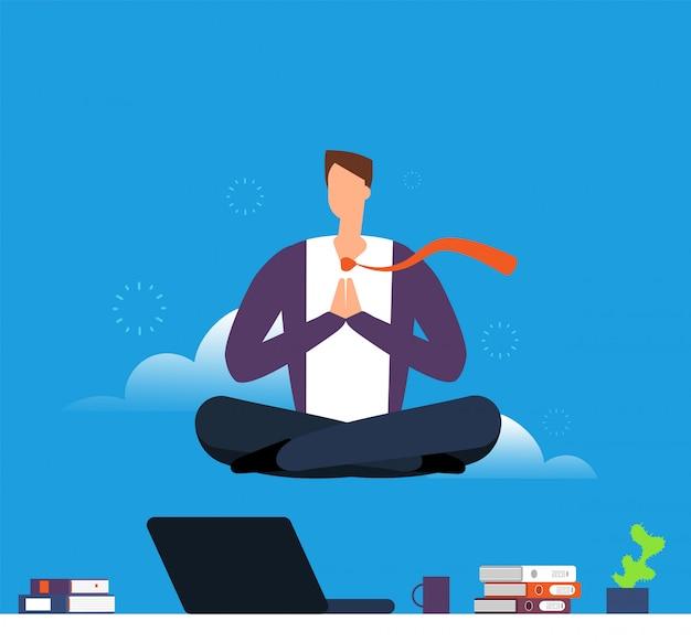 Mann macht yoga und meditation. geschäftsmann, der in der lotoshaltung über schreibtisch hängt. beruhigen sie sich und vermeiden sie stress bei der arbeit