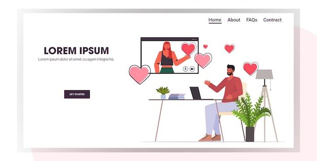 Mann mit laptop chat mit frau im webbrowser-fenster online-dating-app soziale beziehung konzept horizontale in voller länge kopie raum illustration