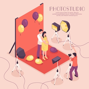 Mann und schwangere frau, die fotoaufnahme im berufsstudio, isometrische illustration haben
