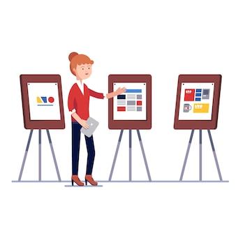 Marketing-grafikdesigner zeigt design-projekt