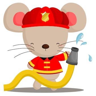 Maus im feuerwehrmann-kostüm
