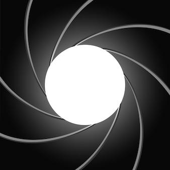 Mechanismus mit überlappender klinge