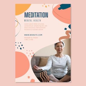 Meditation und achtsamkeit flyer vertikal