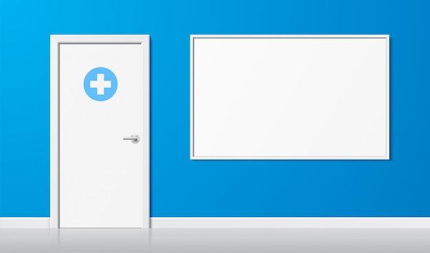 Medizinischer hintergrund. einfache weiße tür mit kreuzsymbol und ankündigungsschreibtisch auf einem blauen wandhintergrund. realistische illustration des arztraums. landschaftsgesundheitsbanner mit kopierraum.