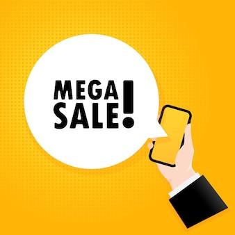Mega-verkauf. smartphone mit einem blasentext. poster mit text mega-verkauf. comic-retro-stil. sprechblase der telefon-app.