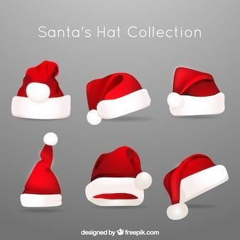 Mehrere hüte von weihnachtsmann