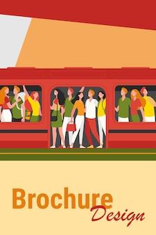 Menge glücklicher menschen, die mit der u-bahn reisen. passagiere stehen in überfüllten u-bahnwagen am bahnhof. karikaturillustration für überbevölkerung, hauptverkehrszeit, öffentliche verkehrsmittel, pendlerkonzept