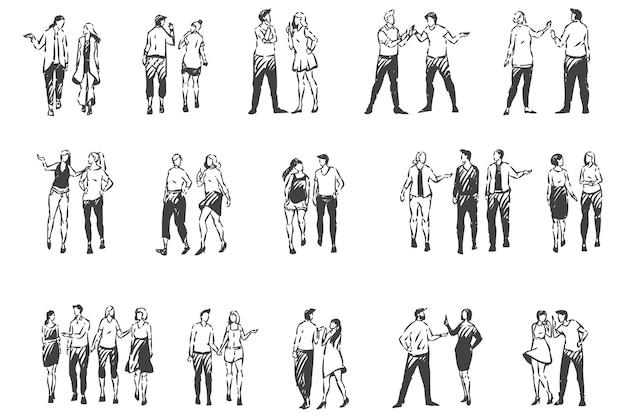 Menschen, die außerhalb der konzeptskizze kommunizieren und gehen. warme jahreszeit, sonniges wetter, schlendernde männer und frauen, freunde und paare, die gemeinsam im freien spazieren gehen. hand gezeichneter isolierter vektor