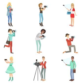 Menschen, die bilder mit foto- und videokameras aufnehmen