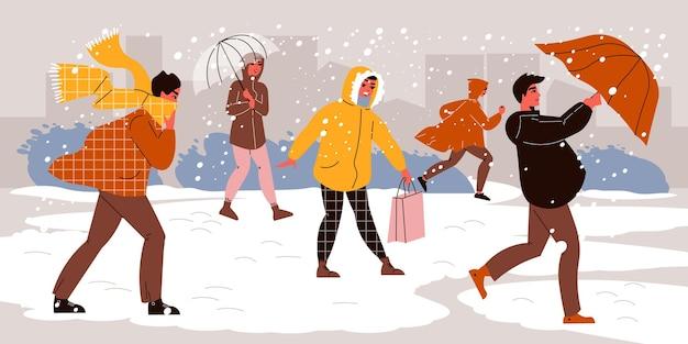 Menschen, die in einem schneesturm auf die straße gehen