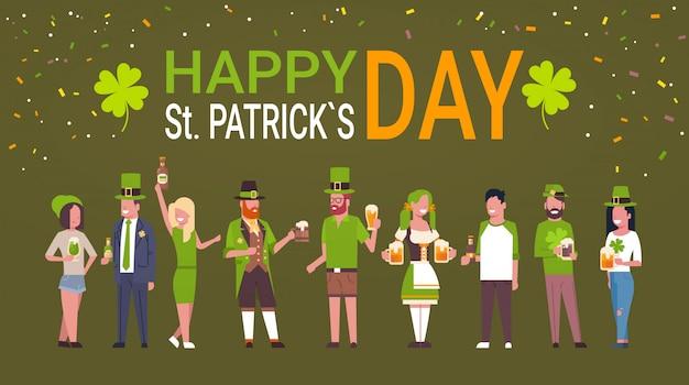 Menschen feiern st. patricks day grußkarte