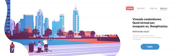 Menschen gehen entspannen konzept über wolkenkratzer gebäude modernes stadtbild
