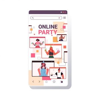 Menschen in festlichen hüten feiern online-geburtstagsfeier