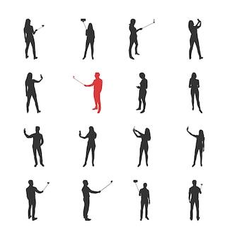 Menschen, männlich, weiblich silhouetten in verschiedenen schieß selfie bilder posen - moderne flache design isoliert ikonen gesetzt. selfies mit und ohne selfie-stick machen