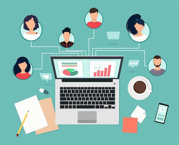 Menschen mit unterschiedlichen fähigkeiten arbeiten remote über laptop, teamzusammenarbeit, kommunikation und kommunikation zusammen. studien- und meisterkurse, business-trainings. vektorillustration in wohnung s