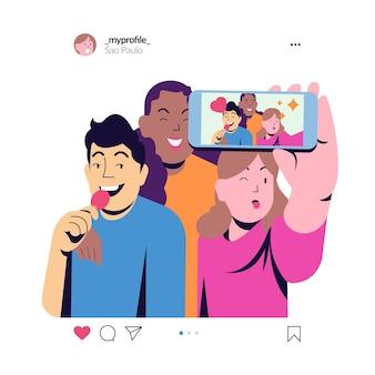 Menschengruppe, die zusammen selfie macht