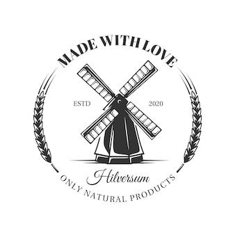 Milchfarmetikett auf weißem hintergrund. element für die käserei. vorlage für logo, beschilderung, branding. illustration