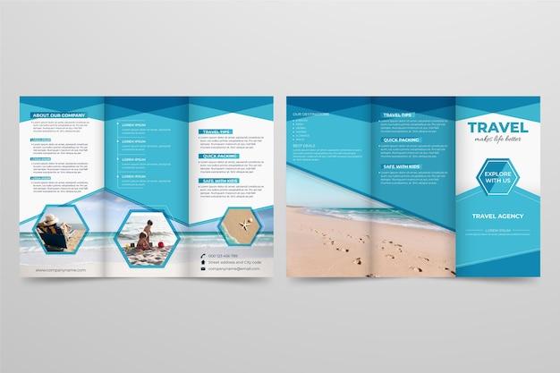 Minimale dreifach gefaltete broschürenvorlage