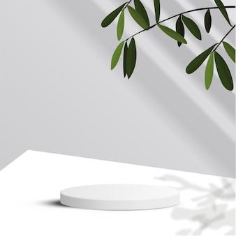 Minimale szene mit geometrischen formen. zylinderpodest im weißen hintergrund mit blättern und sonnenlicht. szene, um kosmetisches produkt, vitrine, ladenfront, vitrine zu zeigen. 3d-illustration.