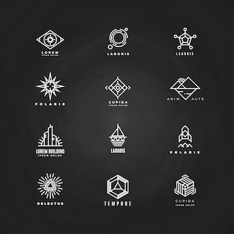Minimales geometrisches Logo des Vektors eingestellt auf Tafel