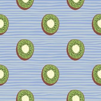 Minimalistisches organisches vitamin kiwi fruchtgrün schneidet nahtloses muster. blau gestreifter hintergrund.