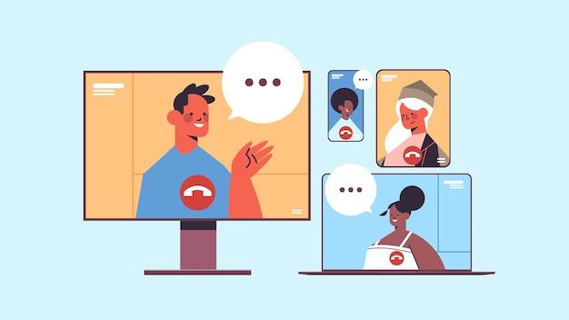 Mischen sie rassenleute, die während eines videoanrufs mit geschäftsleuten chatten, und verwenden sie digitale kommunikationsgeräte