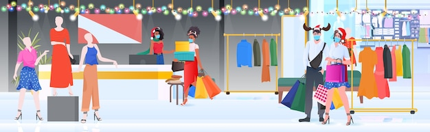 Mix race menschen in masken zu fuß mit einkäufen neujahr großen verkauf promotion rabatt konzept einkaufszentrum innenraum in voller länge horizontale vektor-illustration