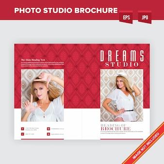 Mode-studio-broschüren-schablone