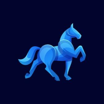 Moderne pferdeform