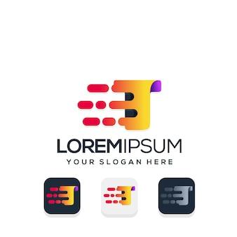 Moderner buchstabe t mit tech-logo-design