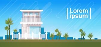 Modernes Landhaus-Haus, das Außenseiten-Immobilien-Fahne errichtet