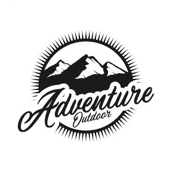 Monogramm des vintagen logos im freien