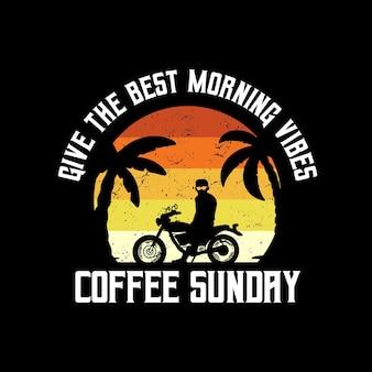 Morning vibes motorcycle beach typografie für t-shirt-druck mit palmenstrand und motorrad
