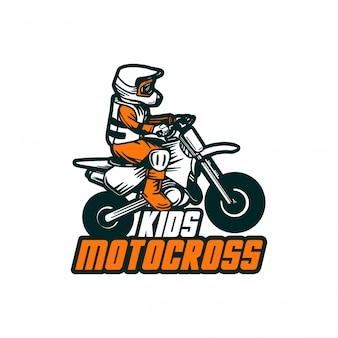 Motocrosskinder entwerfen vektorabzeichenaufkleber-fleckenlogo