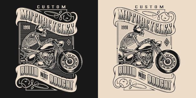 Motorrad-vintage-elegantes emblem mit aufschriften und skelett-biker in moto-helm und brille, die motorrad fährt